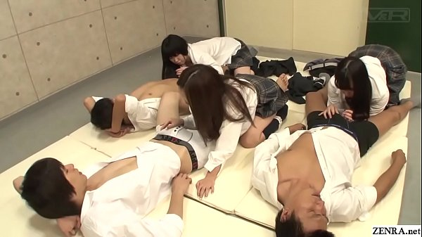 Japanese schoolgirls handjob and blowjob class ...