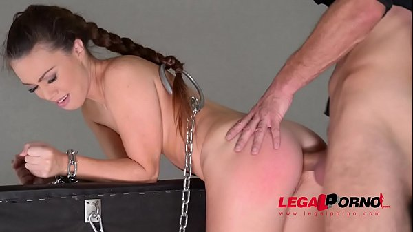 Submissive hottie Tiffany Doll dominated to the...