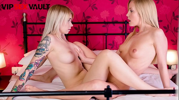 VIP SEX VAULT - #Sicilia Model #Arteya - First Time Going Lesbian - Sexual Education Guide Thumb