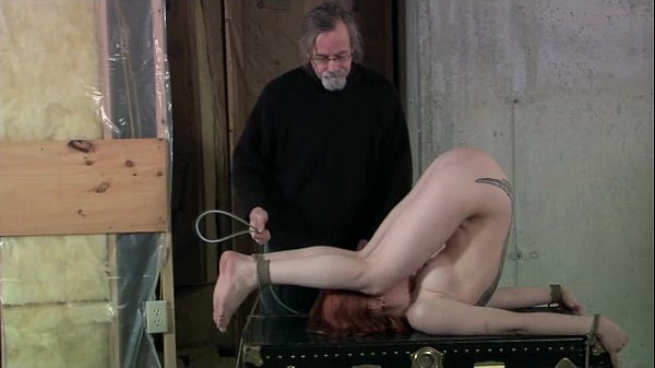 Wasteland Bondage Sex Movie - Leila and Her Trunk(Pt. 1) Thumb