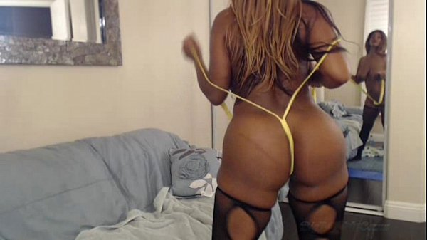 Busty Ebony Nyla Storm Bouncing Her Big Butt & ...
