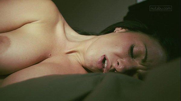 Intimate look at real orgasm Thumb