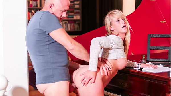 LA NOVICE - Bald stud fucks young French amateur with big tits, cums in her mouth