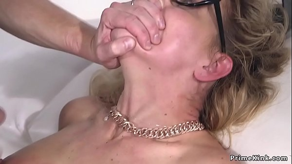 Milf in bondage anal fucked and cummed Thumb