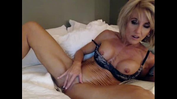 Stunning Dirty Talking Milf Masturbates more hotnudegirlz com