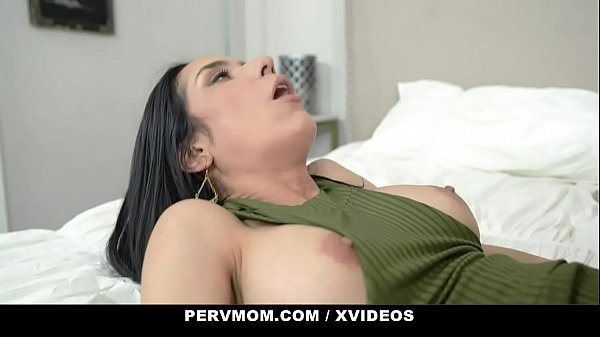 PervMom - POV Quickie With Stepmom (Tia Cyrus) On Counter