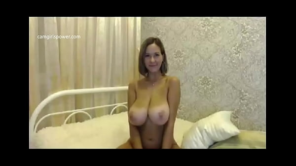 She Has Two Of The Best Tits In The World ( Camgirlspower.com )