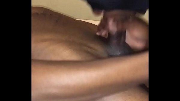 סרטון פורנו Maskedwhore swallowing cum