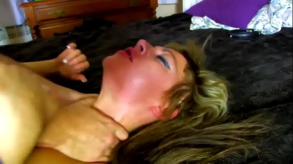 Eve subdued by the desire to fuck in pussy gets...