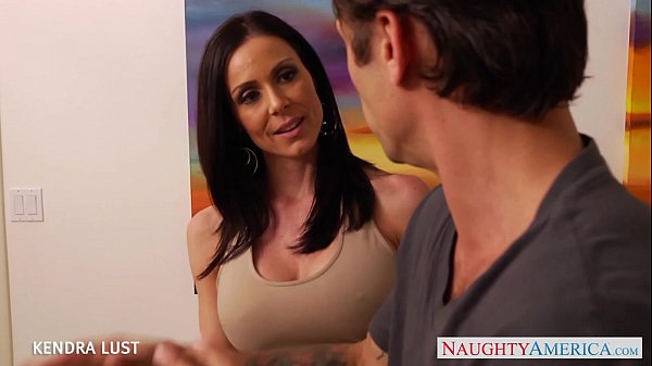 Hot Kendra Lust gets big tits fucked Thumb