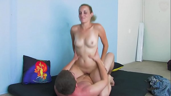 Ginger gets fuck and massive creampie - snapass...