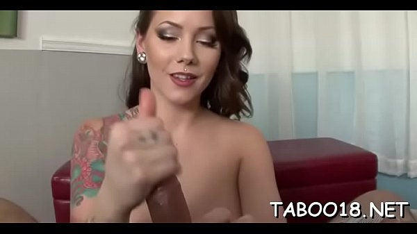 Sweet chick Ashton Pierce cums hard on big phallus Thumb