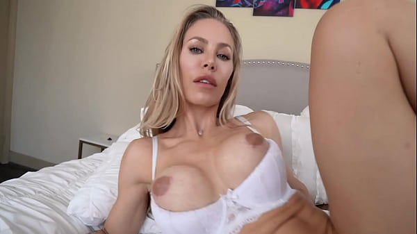Alone Stepmom Nicole Aniston Fucking Stepson Because Husband Out Of Town And Mommy Is Horny