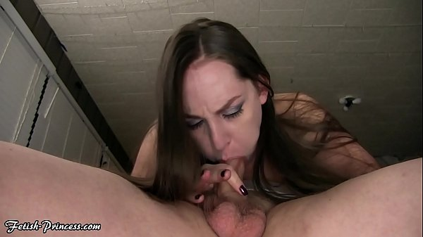 Kinky Kristi Sucking Cock & Gets a Facial - Hot...