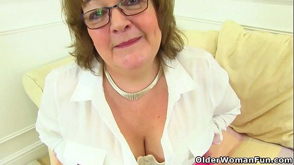 British granny Susan still knows how to pleasur...