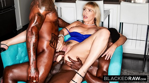 BLACKEDRAW She couldn't contain her desire for BBC anymore