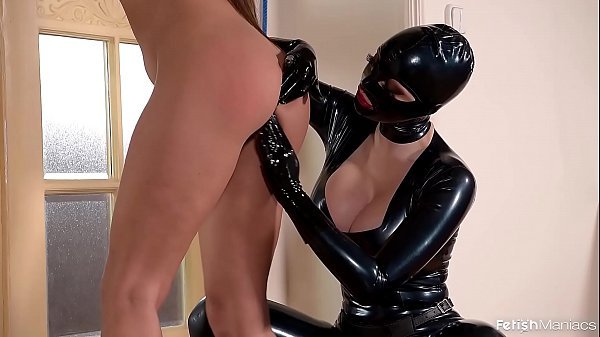 Fetish Queen Latex Lucy Fucks Two Submissive Le...