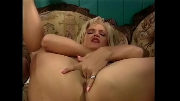 MILF dressed as a nurse is having a fuck party with her lesbian friends Thumb