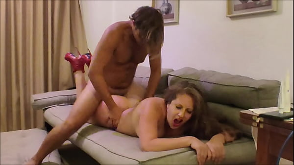 Young neighbor fucked my wife live for our clos...