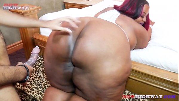 majiik montana giving out backshot to ssbbw big butt ebony mom part 1