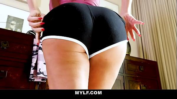 Busty MOM gets Teen SON In Shape- Richelle Ryan