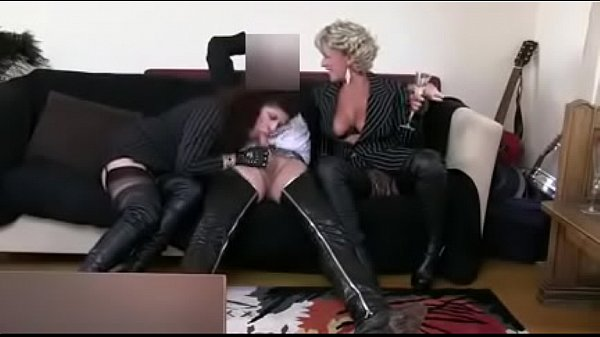 Best Moms Thighboots Stockings Blow Jobs. See pt2 at goddessheelsonline.co.uk Thumb