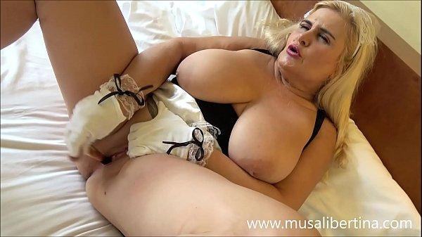 Mature maid enjoys belongings of hotel by Musa ...