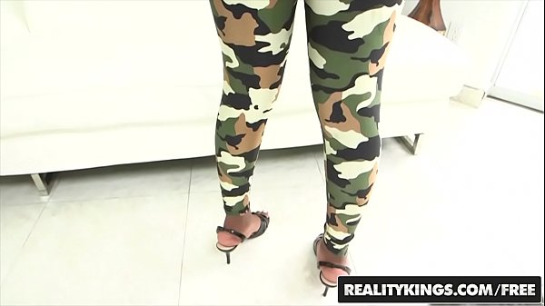 RealityKings - Round and Brown - (Bruno Dickenz...