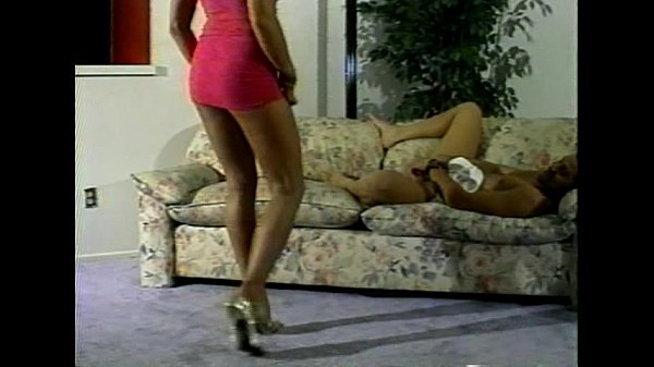 LBO - Mr. Peepers Amatuer Home Videos Vol82 - scene 1