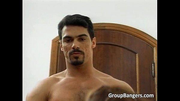 Porno Gangbang uomo e due donne
