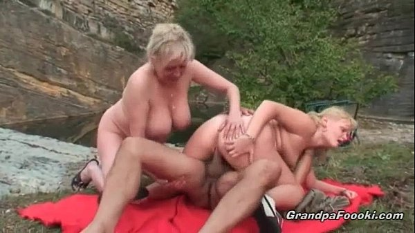 Old dude fuck her wife and hot blonde Thumb