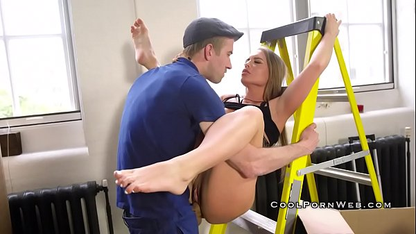 Big cock destroy hot babe in a new apartment