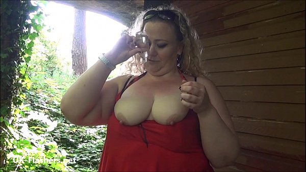 Fat mature flasher Sammis public nudity and outdoor masturbation of bbw housewif