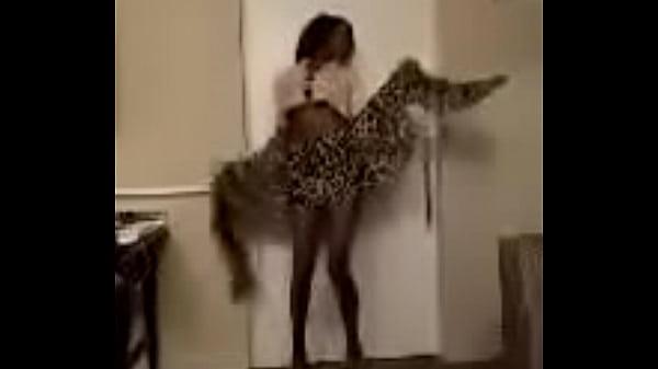 Tina Millz dancing to fetty WAP computers remix