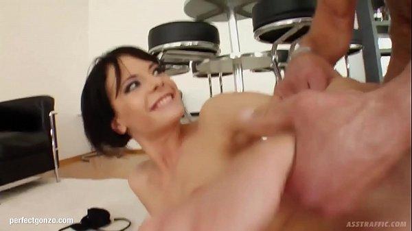 Liz gets anal sex Perfect Gonzo style by Ass Tr...