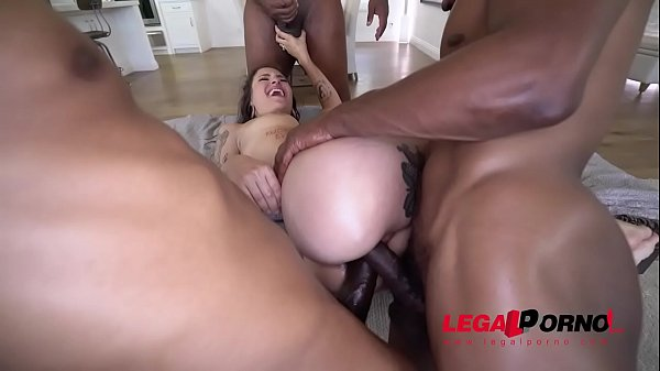 The Amazing Luna Lovely Takes 3 BBC SOOO GOOD!!! Can't Miss MUST BUY AA046