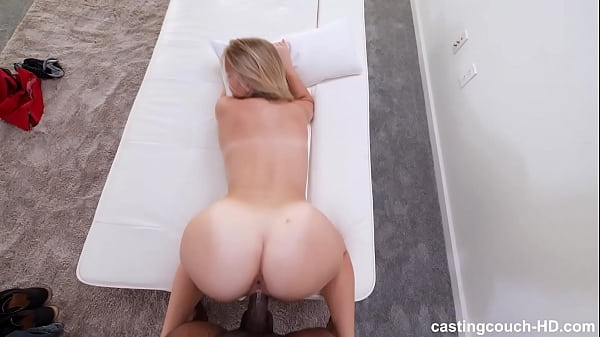 Perfect Ass White Girl Fucks To Get Into A Rap ...