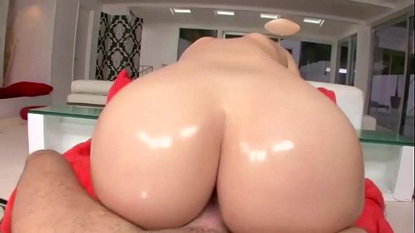 Fat ass Britney Amber