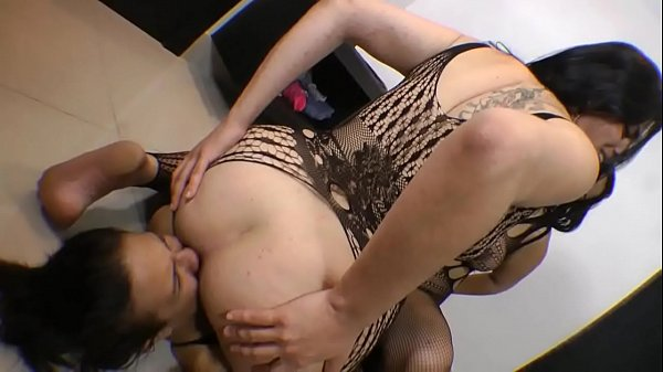 Female Domination – Total Humiliation -Spit Facesit Fart...