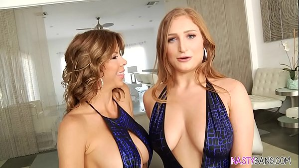 Squirting lesbian sex - Alexis Fawx and Skylar ...