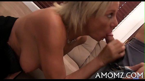 Older babe goes wild in sex