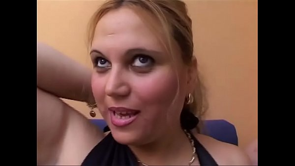 The blonde mature and fat woman likes to clean her cock with her tongue Thumb