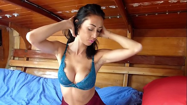 BoatBabesXXX – Kims Striptease Sex Show & Pussy Play