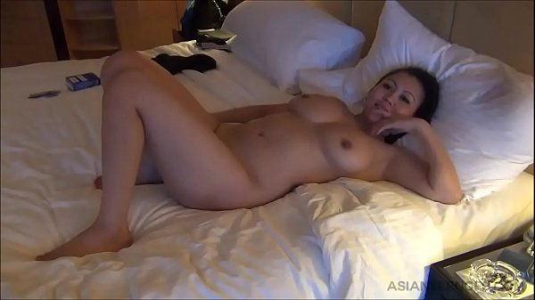 (Amateur) Busty Asian whore serving her customer