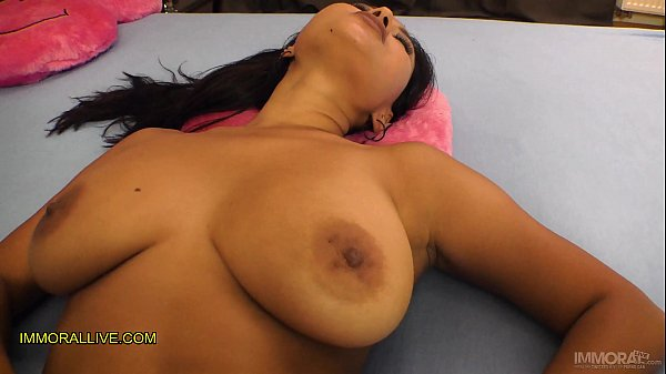 Hot New Latina Step Mother with Big Natural Juicy Tits is Too Tempting for Her Son!