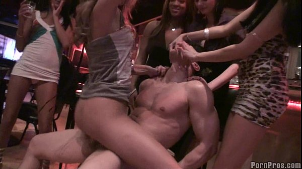 Chick Blows the stripper!