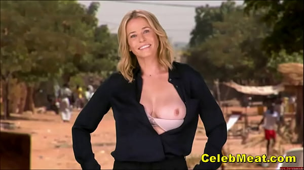 Chelsea Handler Shows Tits In Public And Everyw...