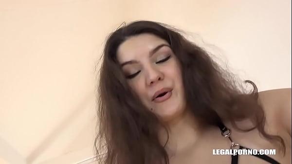 Interracial loving fisting sluts Tiffany Doll & Francesca Dicaprio enjoy whore g