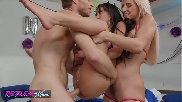 After party threesome with (Abella Danger, Gia Milana, Michael Vegas) - Reckless in miami