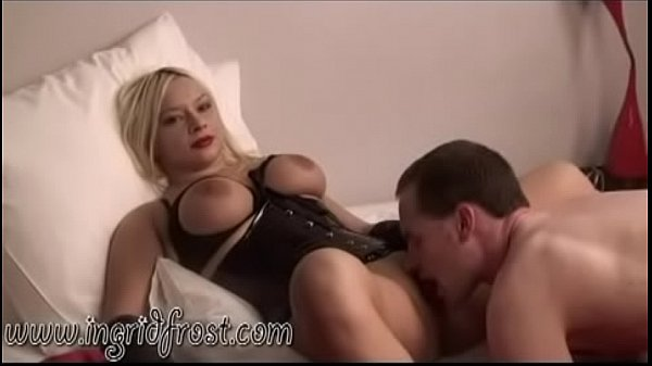LICK  MY  PUSSY  SLAVE  !    WORSHIP   YOUR  MISTRESS  !